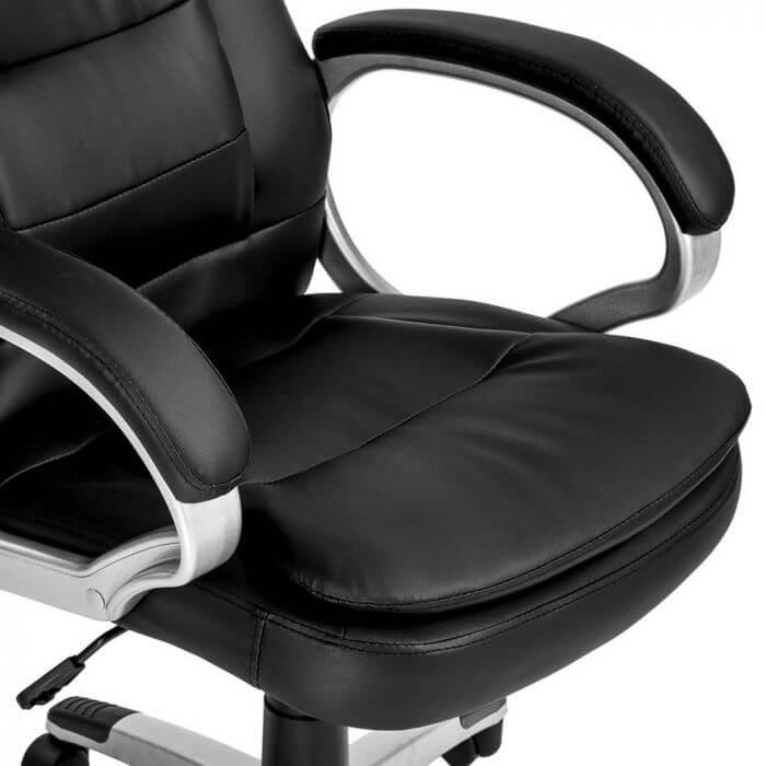 Foglalj helyet nálunk főnöki bőrfotel, irodai forgószék